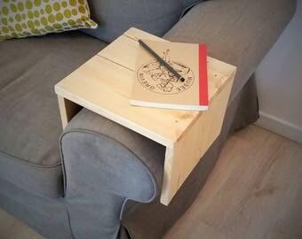Armrest pallet wood shelf