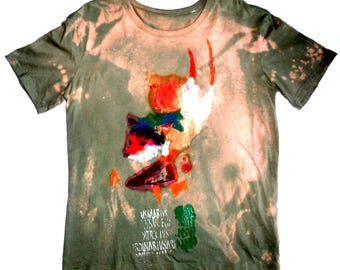 man t-shirt with Fox motif hand painted