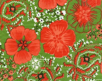 Napkin 050 red flowers on green background
