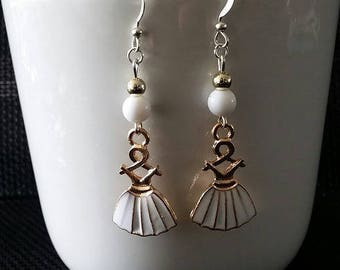 """White dress"" earrings 4.5 cm"