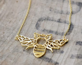 geometric origami bee necklace honey bee pendant Necklace - silver plated or gold color 47x28mm (3016)