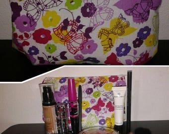 Pencil case (make-up)