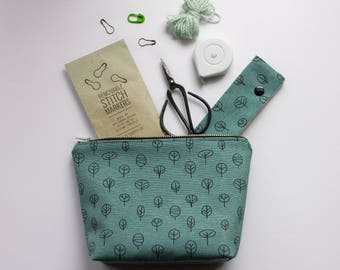 Sea Green Zippy Wedge Bag, Small Knitting Bag, Knitting Notions Bag, Zipper Bag for Knitting, Gift for Knitters, Zipper Pouch, Cosmetics Bag