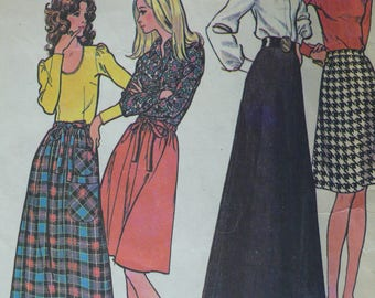 Women's Skirt Pattern for Stretch Knits, Vintage McCalls 3318, Size 23 waist, CoPA Pattern circa 1970