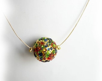 Necklace Golden inscrustee multicolored glass Pearl