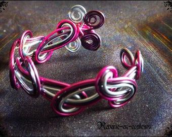 """""""Symphony"""" tri-color aluminum Wire Bracelet"""