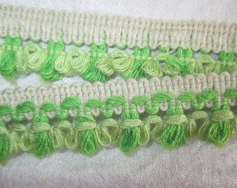 Green and white fringe trim 2.5 cm in height