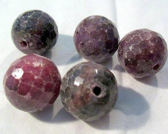Ruby - ref20184 - drilled - faceted - x 5-12 - 12.5 mm