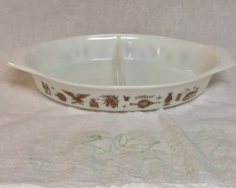 Vintage 1960s Pyrex EARLY AMERICAN Divided Casserole Dish 1.5 Qt. THANKSGIVING
