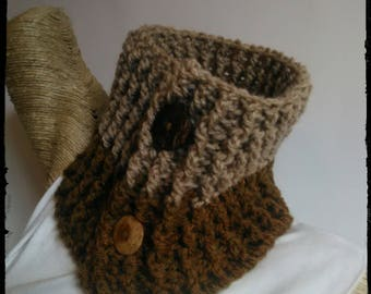 men's beige wool scarf + green-brown crocheted made with coconut buttons