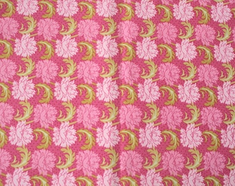 Cotton coupon small flleurs number 1, fuschia, hot pink, light pink, light green - 113cm x 50cm - patchwork, fashion accessory