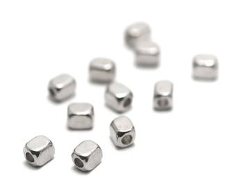 "Has 50 beads ""beveled rectangle mini"" 4 x 3 mm, silver, 054"