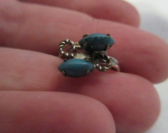 Delicate Vintage Sterling Silver Turquoise Ring