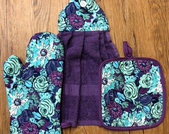 Floral Theme Oven Mitt, Pot Holder and Hanging Towel Kitchen Set