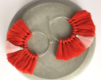 Elegant hoops & PomPoms red and pink! Large earrings, tassel pom pom pom pom earrings fancy Bohemian style