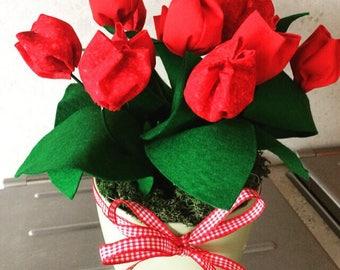 Flower arrangements in fabric and felt