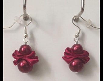Earrings glass beads and Burgundy satin