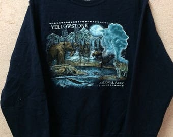 Rare!! Yellowstone National Park Wildhood Background Print | Rare Design Pullover Crew Neck Adult Small Size