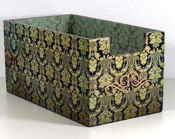 """Rétro chic"" wooden storage box"