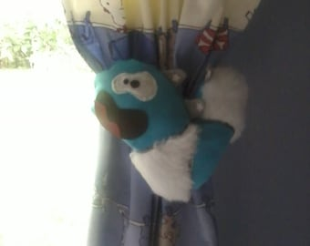Funny monster Fashion curtain clip.
