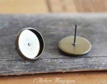 cabochon 12 x 10 mm bronze Stud Earrings