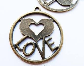 bronze Love pendant 10 x