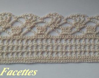 Fine ecru cotton crochet lace