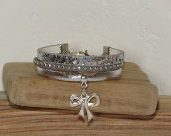 Bracelet for little girl charm, ribbon bow, gray, silver, glitter, leather, suede studded, leather gift idea