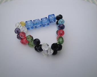 Multi-Coloured GLASS BEAD BRACELET Stretch to fit