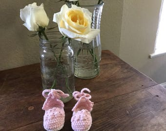 Crocheted espadrille baby bootie // cotton sandal with ankle strap // pastel pink