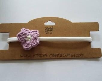 Nylon hair Band with crochet flower (purple/white)