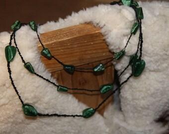 """""""Emerante"""" stone malachite and black macrame necklace"""