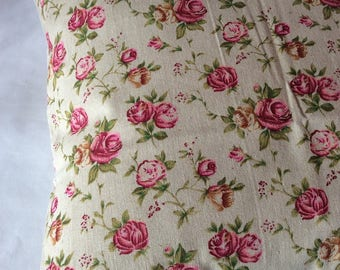 Linen pillow cover roses
