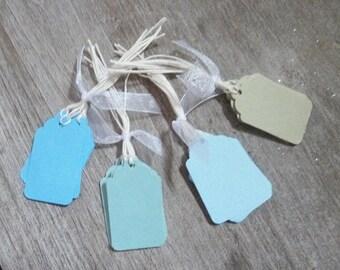 20 tags medium pastel blue, green