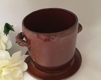 Red Shimmering Flower Pot & Base