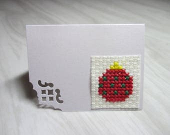 """Green Mini Card mark up embroidered """"Christmas ball red with dots"""""""