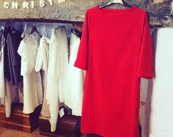 Red velvet dress with cuff 3/4 length sleeve