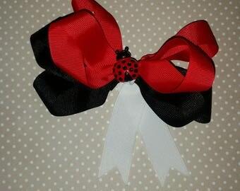 ladybug love bow