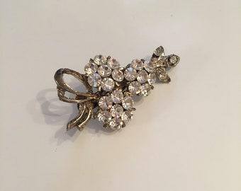 Vintage clear rhinestone brooch