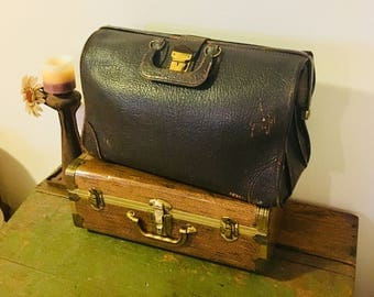 Antique Leather Doctors Bag Briefcase