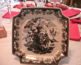 Black and White cookie serving dish on pedastal