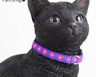 Pink flowery cat collar