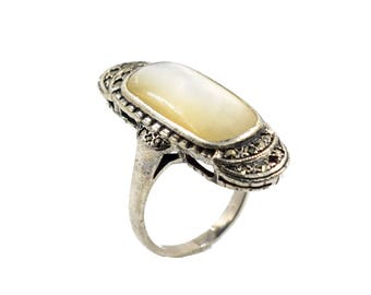 Sterling silver ring with white onyx