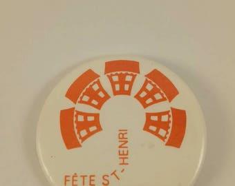 Vintage Saint-Henri pinback button