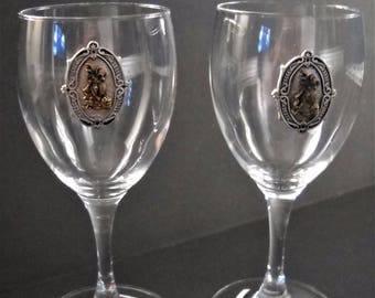 Set Of 2 Wine Glasses Golf Motif Pewter Emblem Barware
