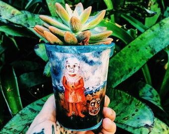 Frida's Girl Indoor Paper Pot Plant