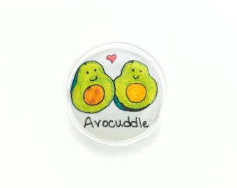 "Pun Art Magnet ""Avocuddle"""