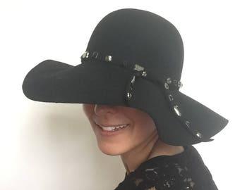 Boho embroidered Floppy Hat