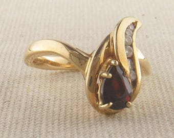 Vintage Pear Shaped Garnet and Diamond Ring, Vintage Garnet Ring, January Birthstone Ring