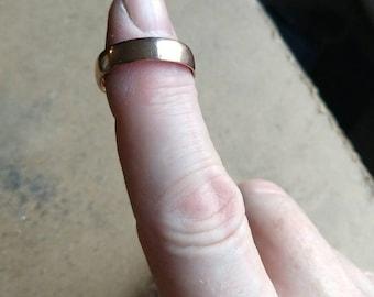 Plain coin ring